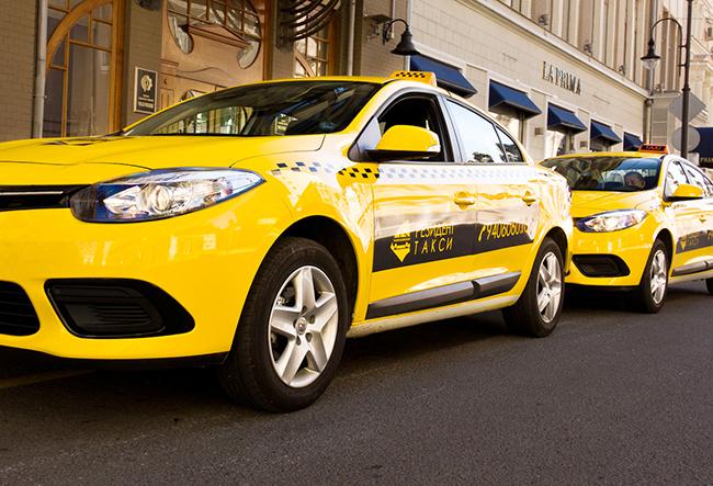 Режим труда и отдыха водителей такси отследят