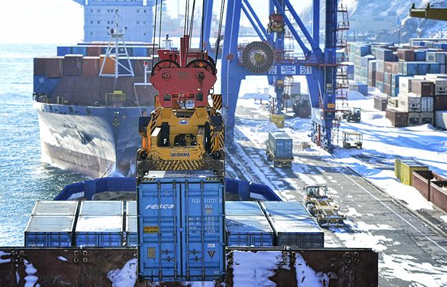 Зимой морские порты «отдыхают»