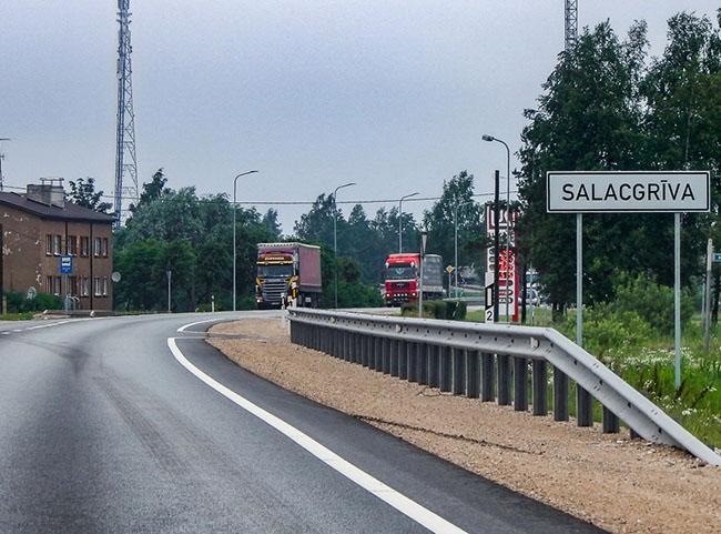 В Латвии контролируют режим труда и отдыха водителей