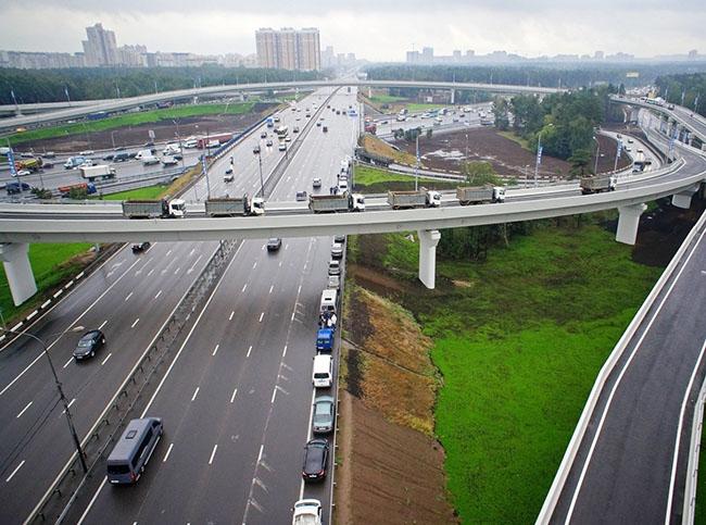 Ограничения на въезд и движение грузового автотранспорта по территории Москвы и МКАД