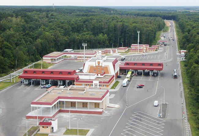 Обязательная дезинфекция транспорта в белорусском пункте пропуска