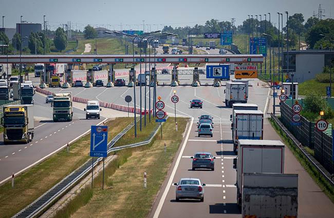 В Польше увеличат сеть платных дорог